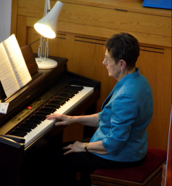 Accompanist - Anna Lightbown